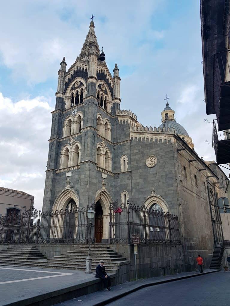 Chiesa Randazzo lava