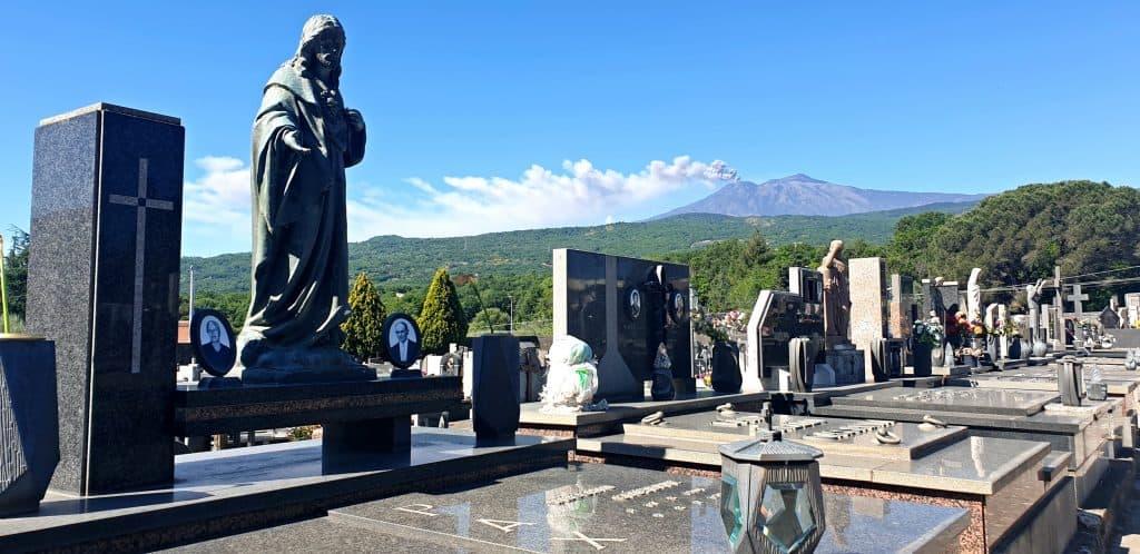Cimitero Linguaglossa - Etna Nord