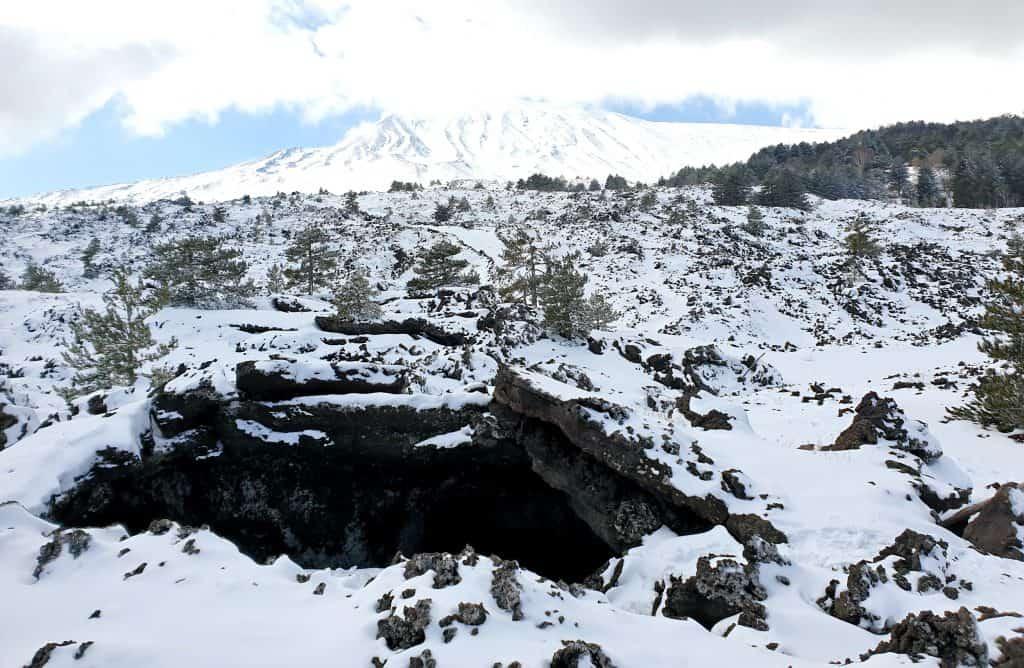 Grotta dei rotoli Etna Nord