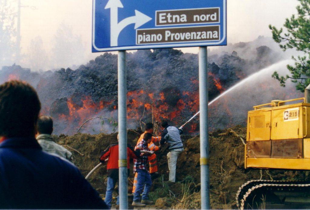 fuoco lava piano provenzana 2002