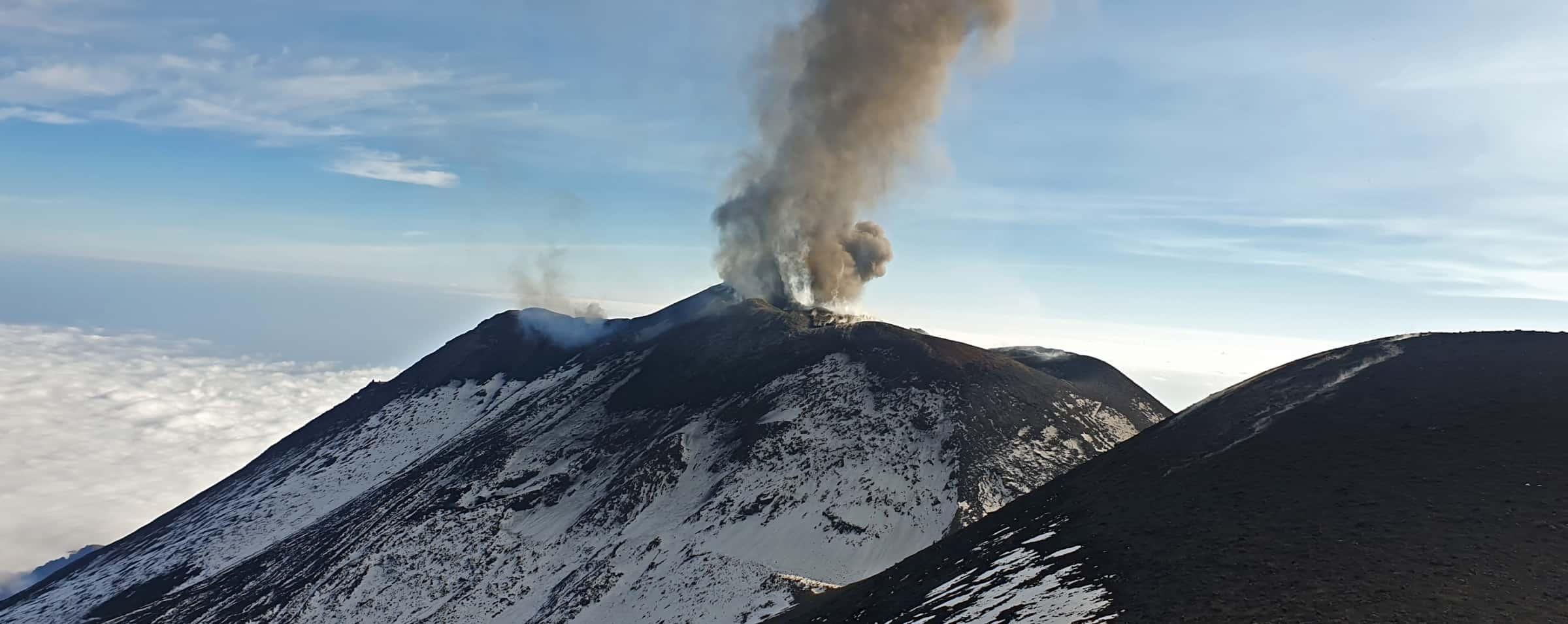 Crateri sommitali Etna vulcano