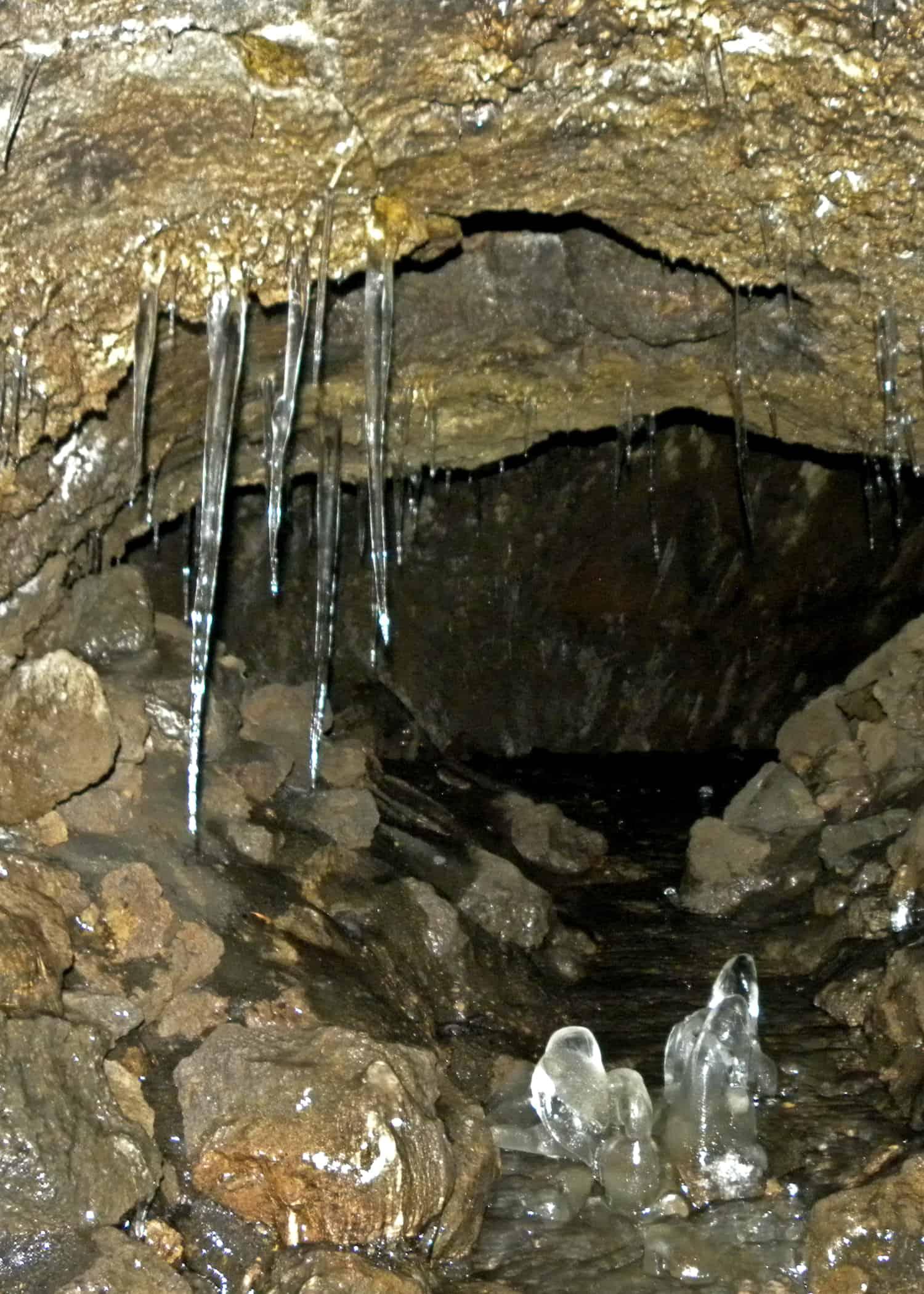 Ghiaccio Grotta dei Ladroni