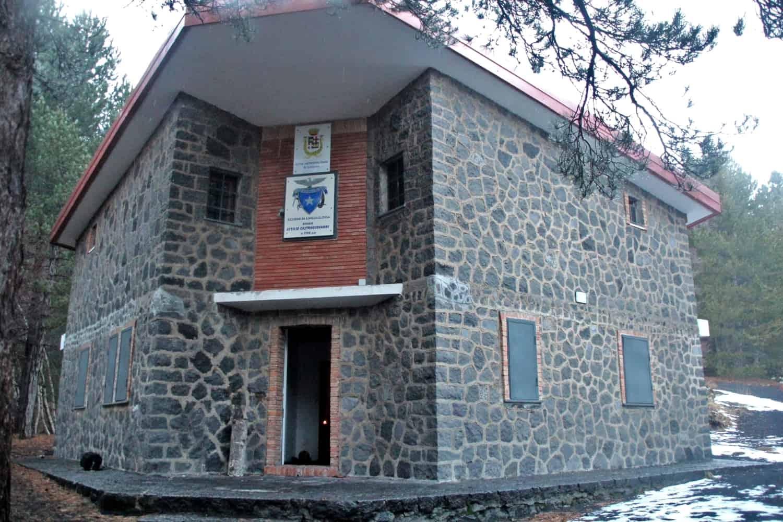 rifugio monte baracca etna