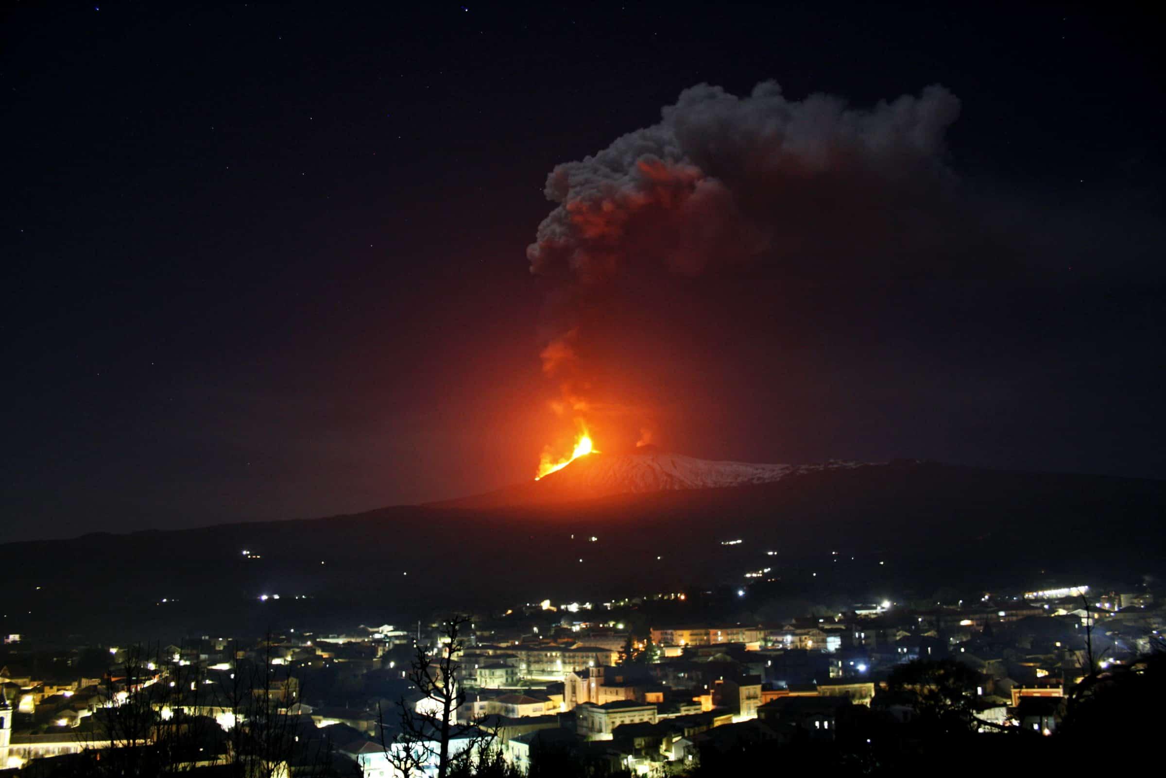 eruzione etna 24 02 2021
